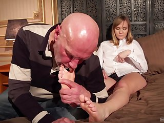 Blonde mature MILF Lucette Nice fucked missionary hardcore at home