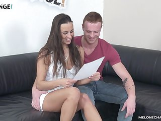 Pussy licking and cock sucking session with brunette MILF Mea Melone