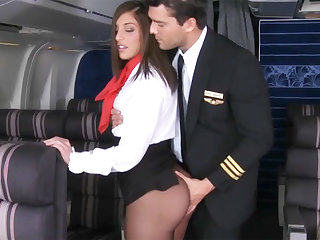 Pilot seduced stewardess to fuck in airplane
