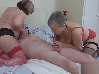 Trisha And Savanna Rub, Lick And Blow On Trickees Dick