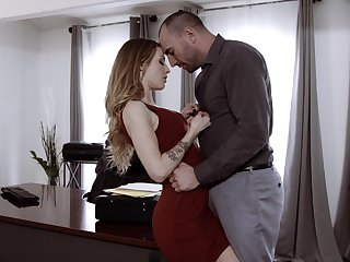 Sexy secretary Karla Kush has a crush exceeding her extremist chief and offers herself